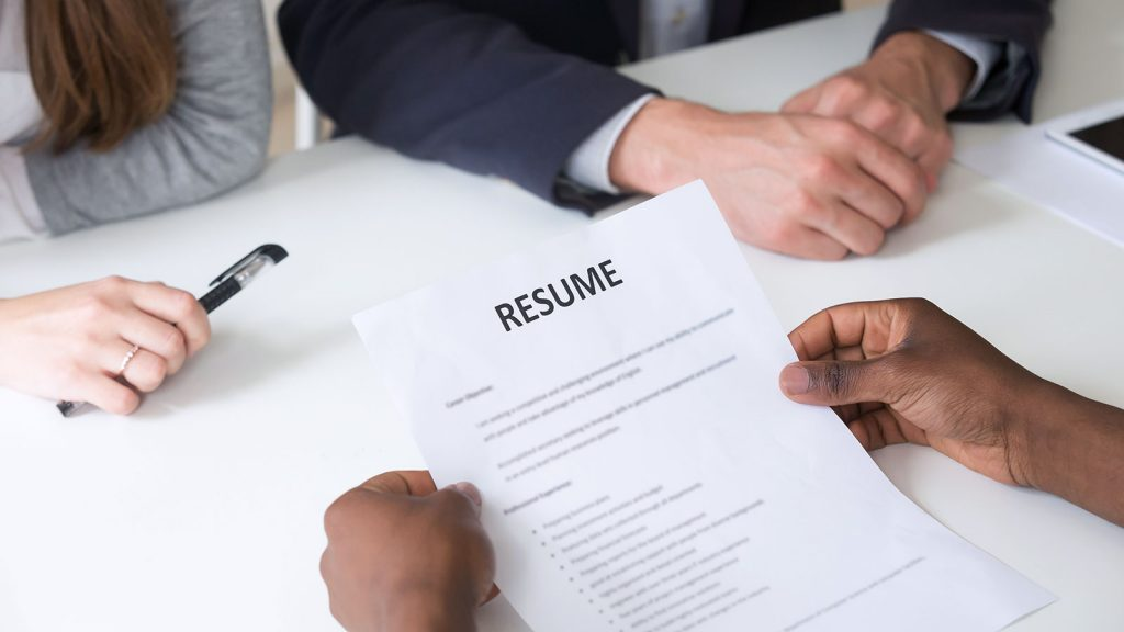 Get the best resume writers Calgary of high confidence